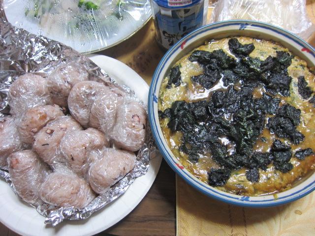 1・タコ飯と卵料理.JPG