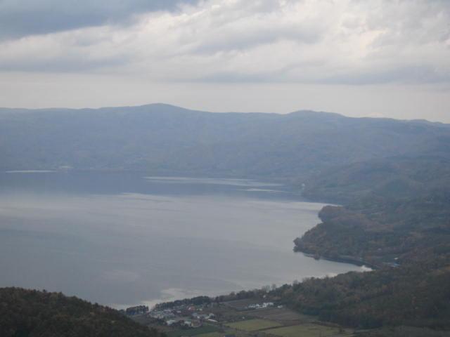 2・洞爺湖ロープウエイ景色湖が3.JPG
