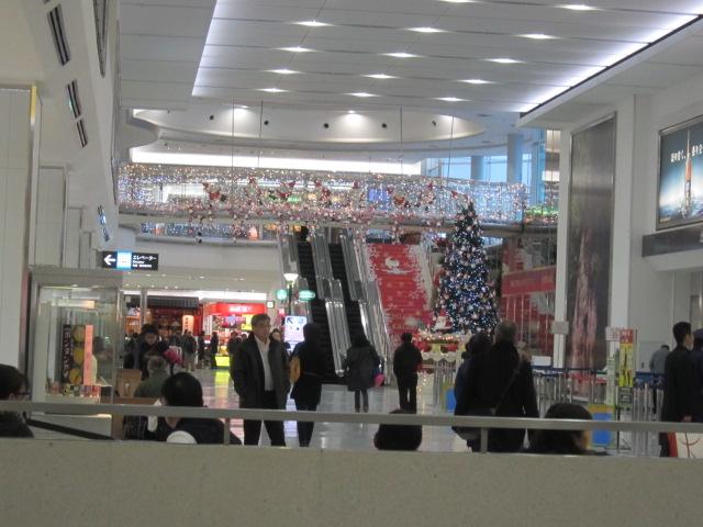3・鹿児島空港内2.JPG